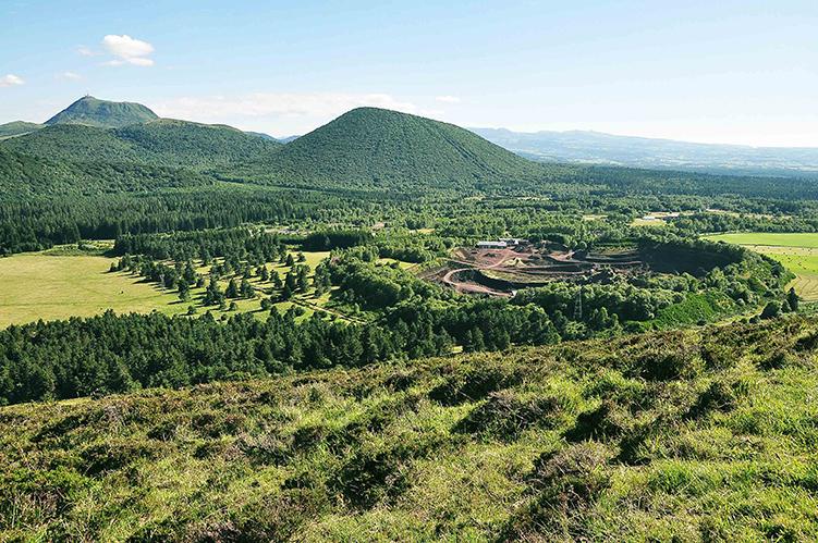 Emotions volcaniques en Auvergne | Organisation séjour éducatif